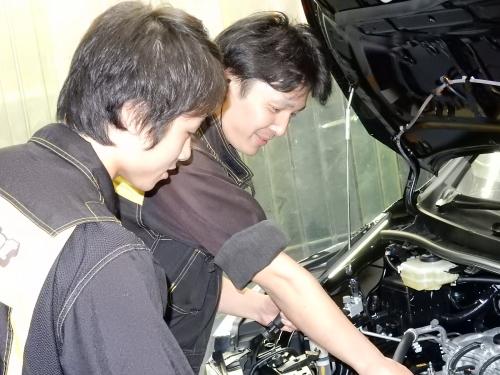 未経験・無資格の方、  整備業務のブランクがある方も安心して働ける研修制度があります