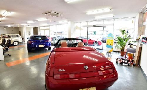 車が本当に、「好きな方」限定!営業、整備だけに片寄らないオシゴト。
