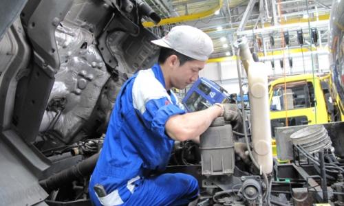 いすゞ(神奈川県) 賞与5.3ヶ月◆年間休日111日◆大型整備は稼げて休める!