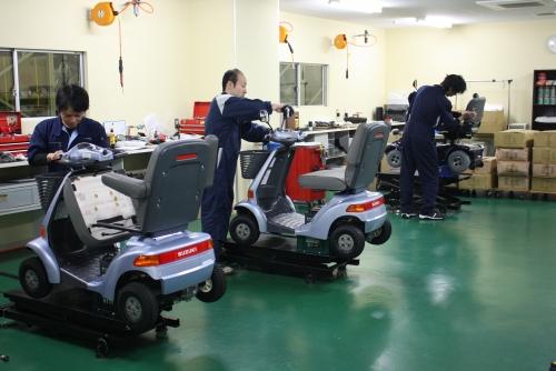 貴方の技術で高齢者の自立を支えてください!電動車いす・電動カートの整備士募集!