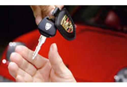 【未経験者OK】整備士募集!車検はもちろん軽四から外車まで知識欲旺盛な方募集!