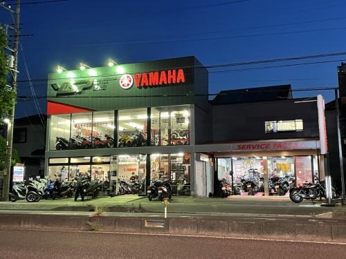 ヤマハオートバイのディーラー店にてメカニックを募集しています!