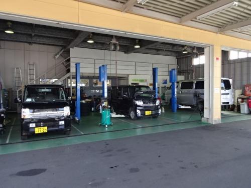 町田工場リフト3機