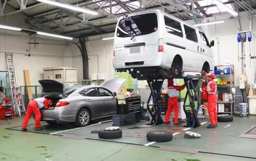 東京日産の整備工場は、設備が充実!