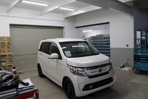 新車整備スペース
