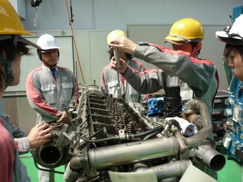 整備技術のトレーニング