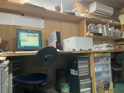 整備事務室